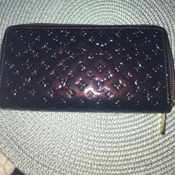 Louis Vuitton Accessories - LV Vernis Double ZIP Wallet